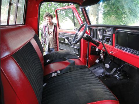 Tommy Lee S Customs 1977 Ford F 150 Resto Mod
